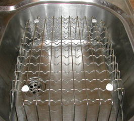 Replace the feet on a wire sink basket