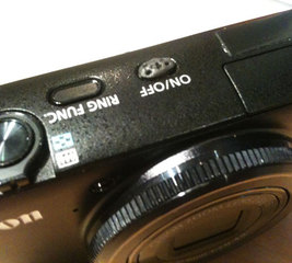 Differentiate buttons on the Canon S90