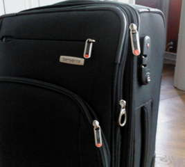 Add markers to a suitcase for easy identification