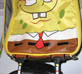 Repair the legs of a SpongeBob bag (before)