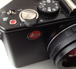 Fix a zoom on a Leica pocket camera