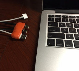 Create a plug hub for your Macbook