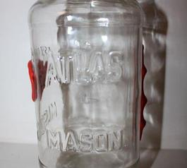 Turn a mason jar into a tea mug