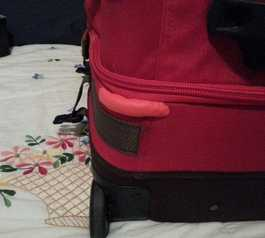 Fix and protect a suitcase corner
