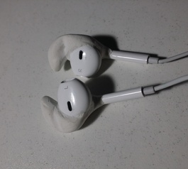 Make your Apple EarPods fit better (after)