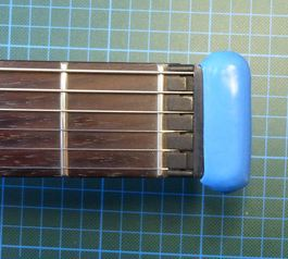 Improve a headless guitar (after)