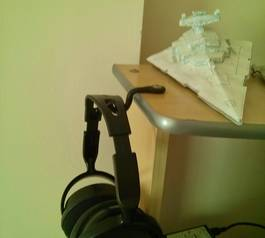 Make a headset hanger (after)
