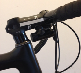 Add magnetic bike lights under the handlebars