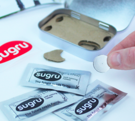 [sugru kit] Make things magnetic