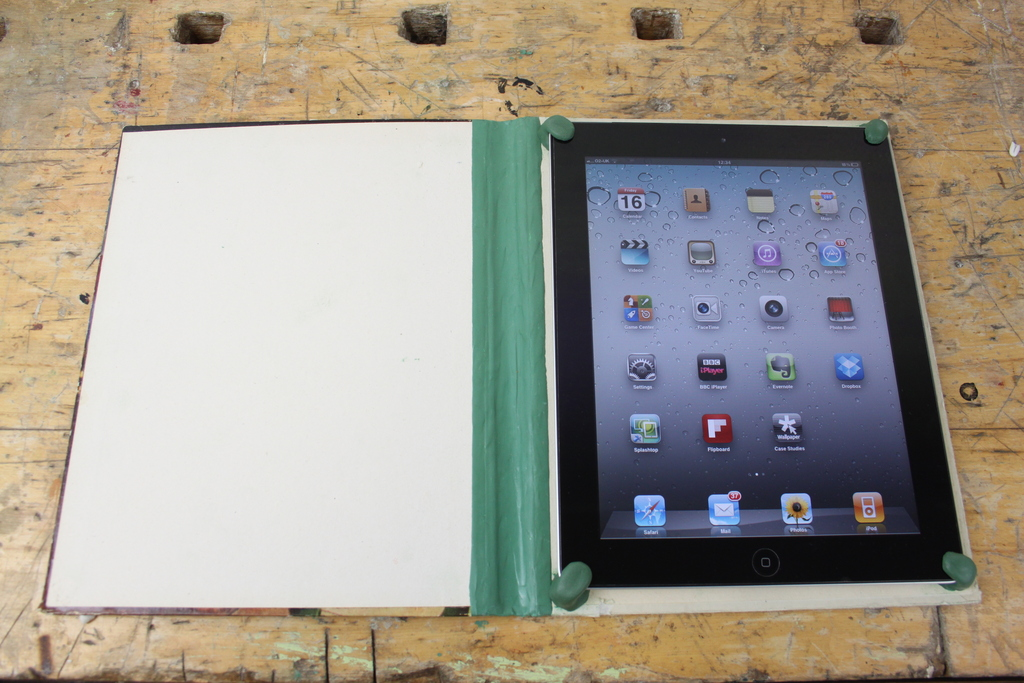 How To Make Old Book Cover : How to make an ipad cover from old book and sugru