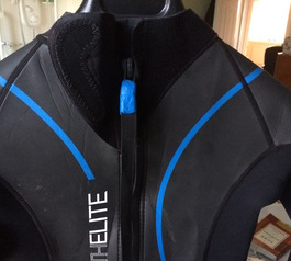 Fix the zip of a wetsuit using Sugru