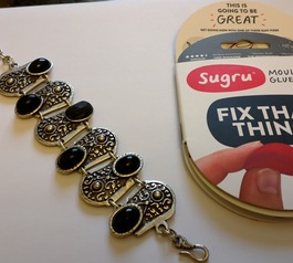 Replace your bracelet gems with Sugru