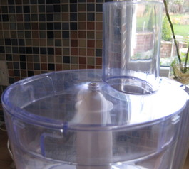 Fix the lid of a food processor (after)
