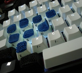 Add grip on keycap and mouse