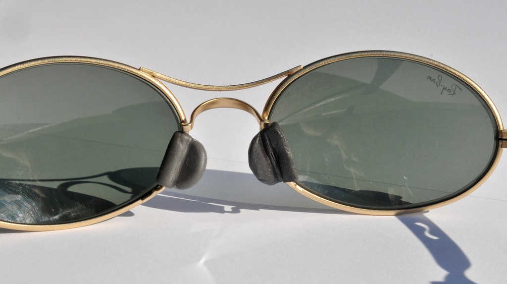 7009444906e51 Ray Ban Nose Piece Repair « Heritage Malta
