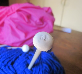 Convert long knitting needles into short ones (after)