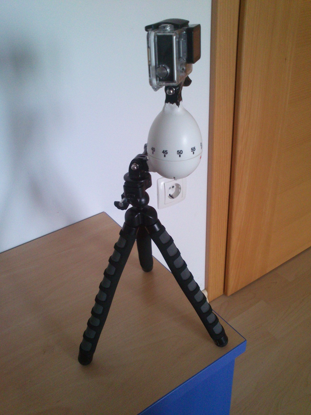 Make a GoPro rotating time-lapse tripod | Sugru