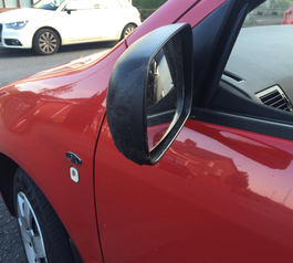 Fix a broken wing mirror with Sugru (after picture)