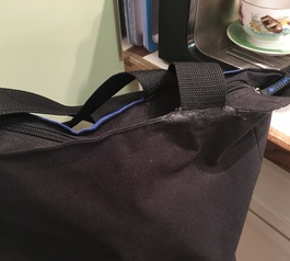 Fix a torn strap on your bag with Sugru (after)