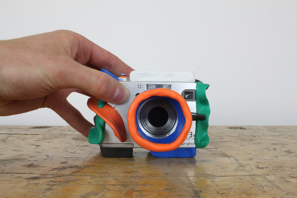 Camera sitting on Sugru pads