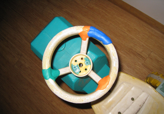 toy steering wheel fixed with sugru